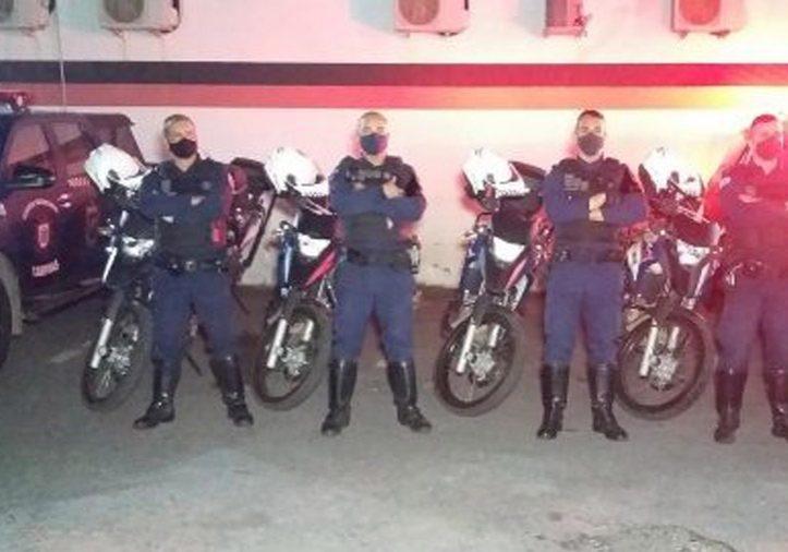 Guardas municipais do GPOM, realizaram a abordagem ao carro e encontraram o todo o material e cartões.(Rafael Rezende/Policial Padrão)
